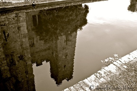 Hever Reflected